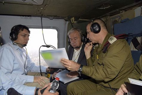 UN Secretary-General António Guterres briefed on security challenges in southern Israel by IDF Deputy Chief of Staff Aviv Kochavi and Israeli Ambassador to the UN Danny Danon, August 30 2017