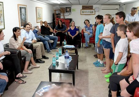 US Ambassador to the UN Nikki Haley meets families of the Nahal Oz Kibbutz community, southern Israel, during her official visit to Israel. June 08, 2017.